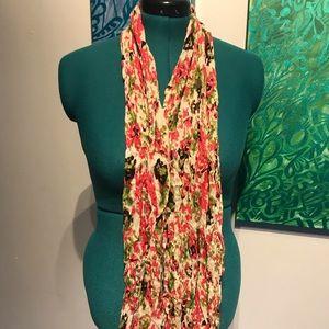Accessories - Lightweight scrunch scarf